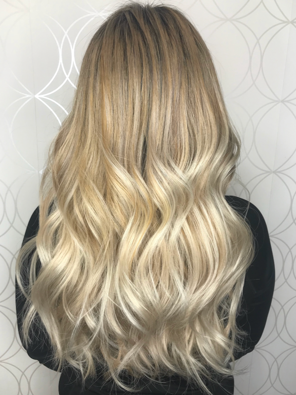 Long thick Blonde Haircolour