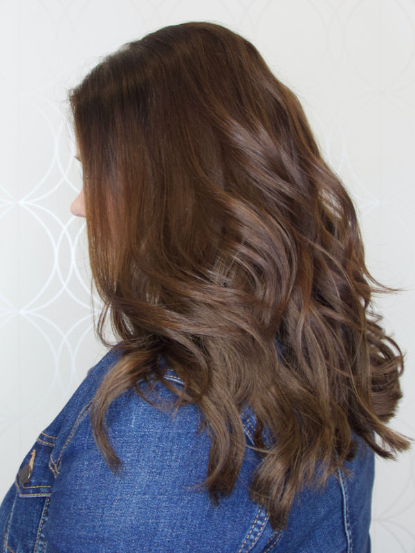 """Shiny 16"""" Tape-In Hair Extensions"""